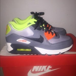 Nike Shoes - Nike Air Max 90 (GS)